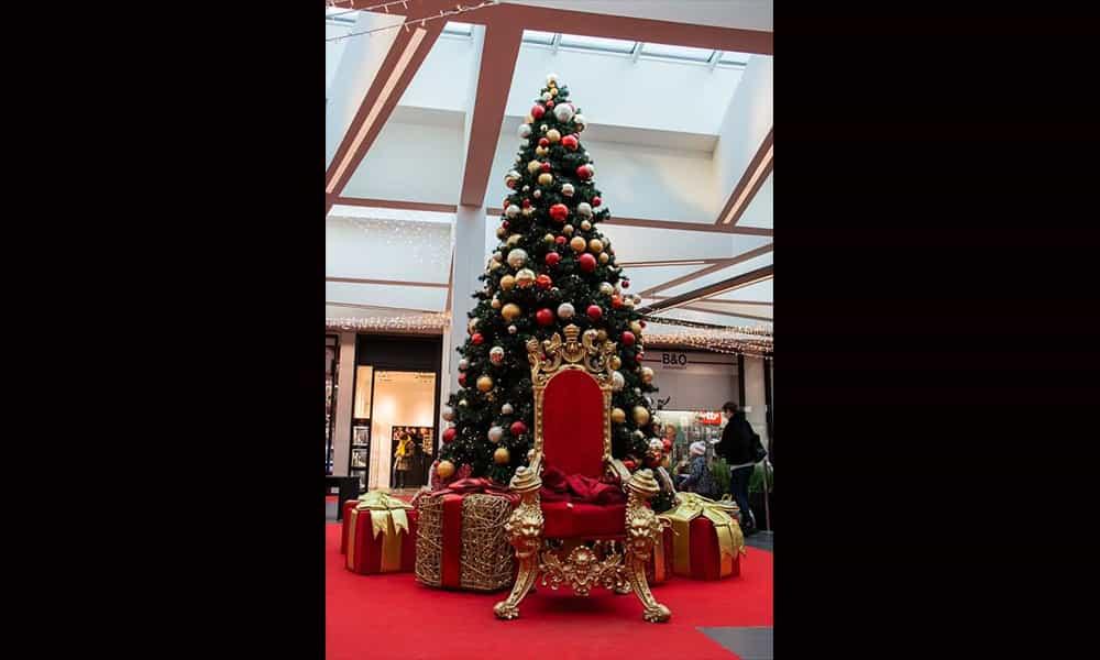 Galerie décoration illumination atrium Stockel square