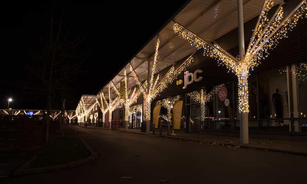Retail park illuminations guirlandes