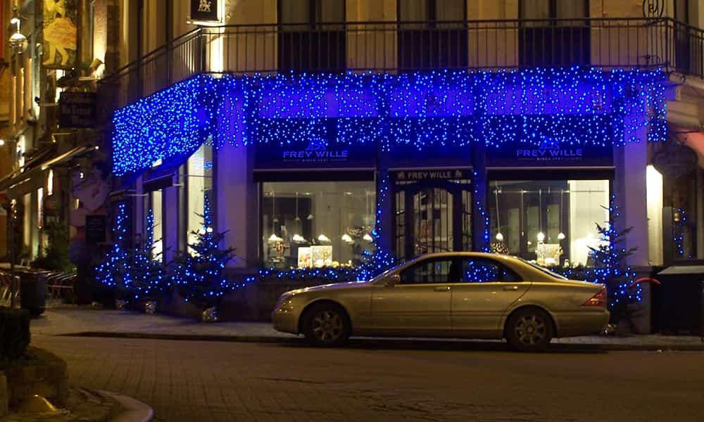 Entreprise illumination facade rideaux lumineux Frey Wille Bruxelles