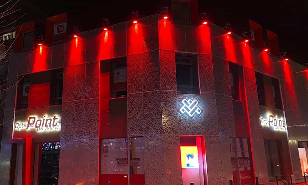 Illumination batiment projecteurs Marche en Famenne