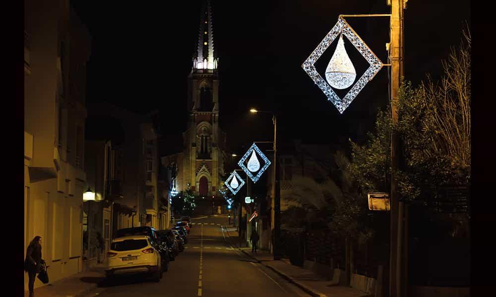Décoration Noël poteaux rues