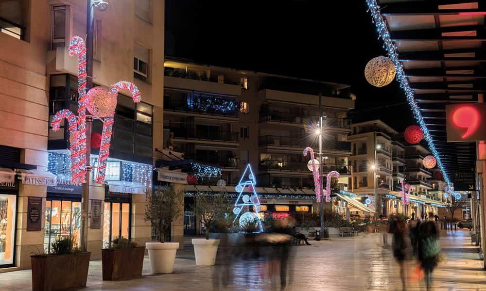 Décoration de Noël rues fibre minérale lumineuse