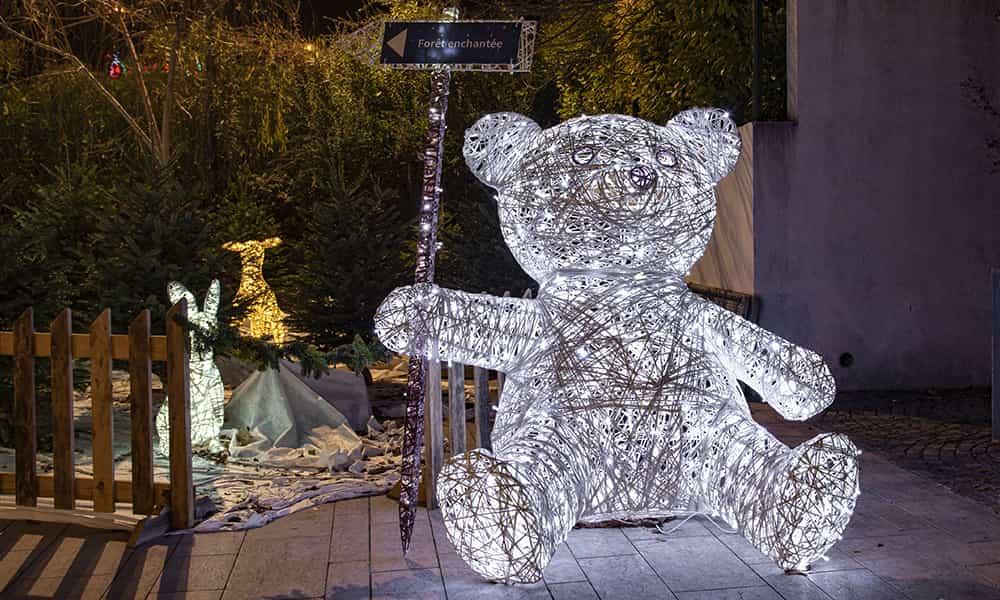 Décoration de Noel ours villes communes illuminations