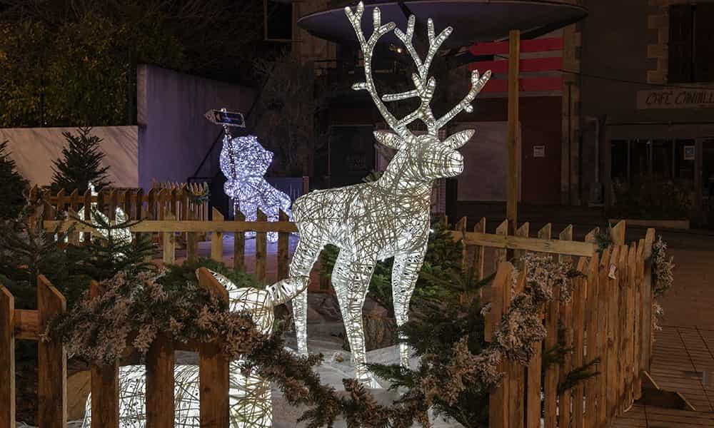 Décoration lumineuse rennes père Noël